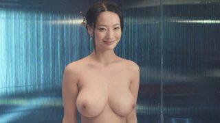 中国の神乳女優・王李丹妮がついに脱いだ!興奮した男優もカラミに紛れて顔面乳交を楽しんでるしw